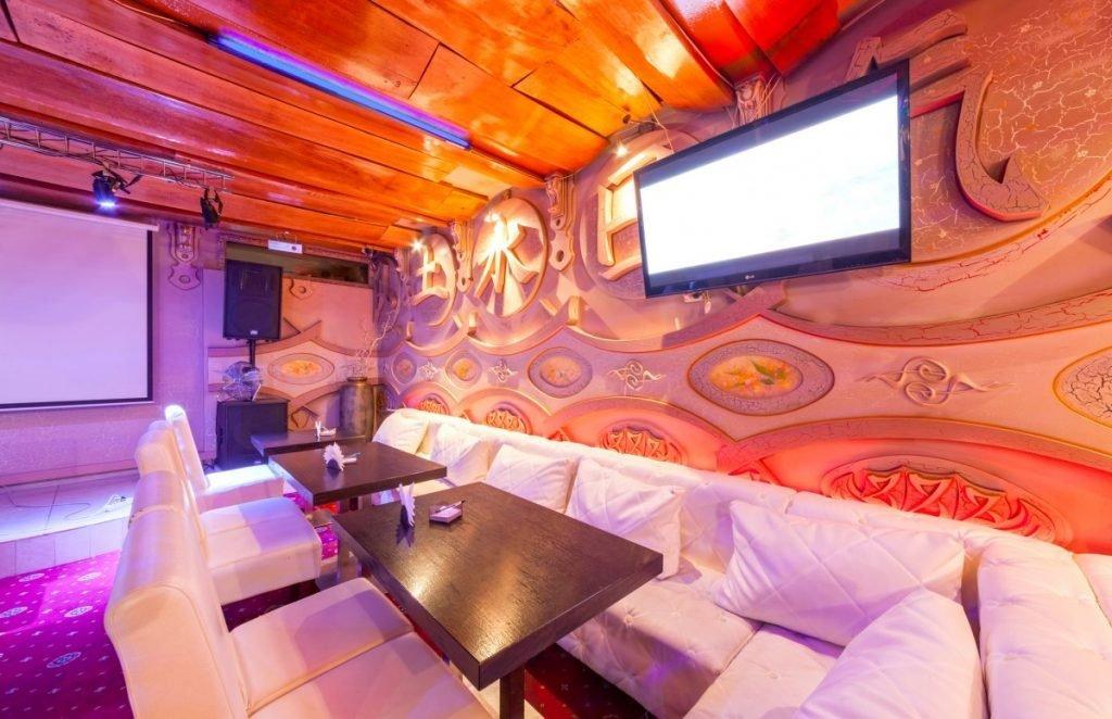 Karaoke Bars in Korea